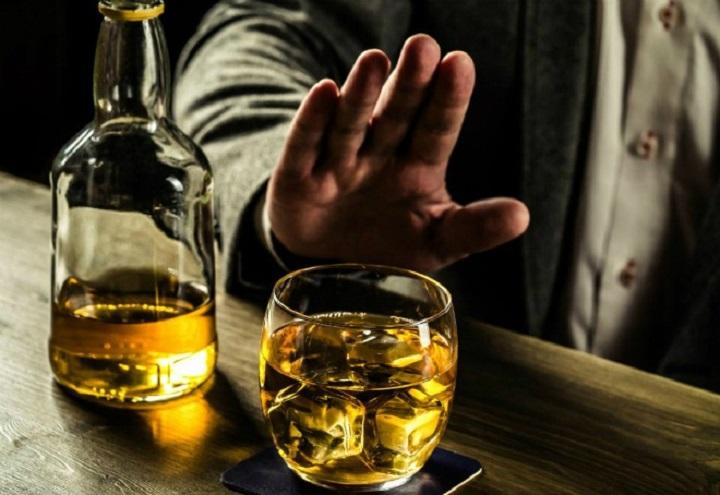 không sử dụng rượu khi dùng thảo dược