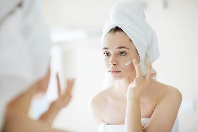 Vaseline dưỡng da mặt